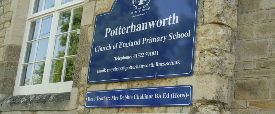 Slide_PotterhanworthSchool